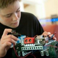 Make this Summer Amazing for Kids with iD Tech Camps + Save $60!
