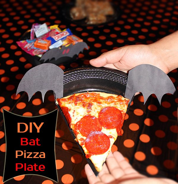 DIY Bat Pizza Plate #shop #TrickUrTreat