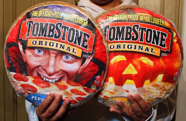 Tombstone Pizza for Halloween #shop #TrickUrTreat