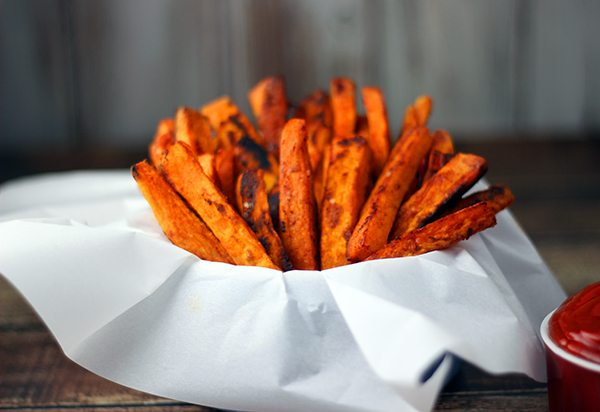 Bake up these sweet potato fries with a hint of sea salt and smoked paprika. Yum!