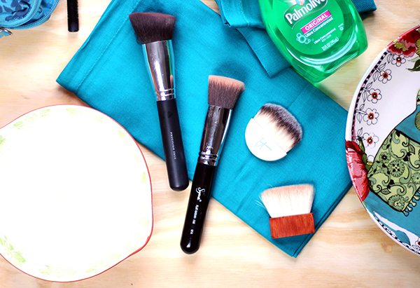 clean dirty makeup brushes with common household items