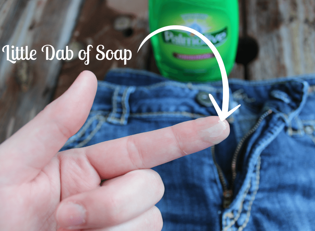 Things to do with dish soap besides wash dishes