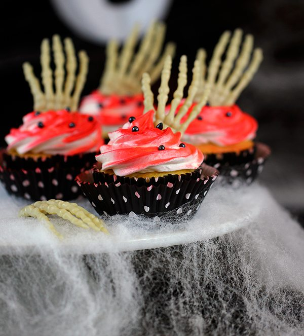scary cupcakes