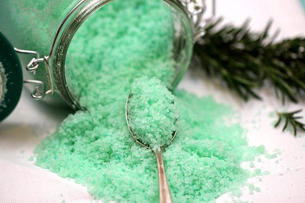 spruce essential oils