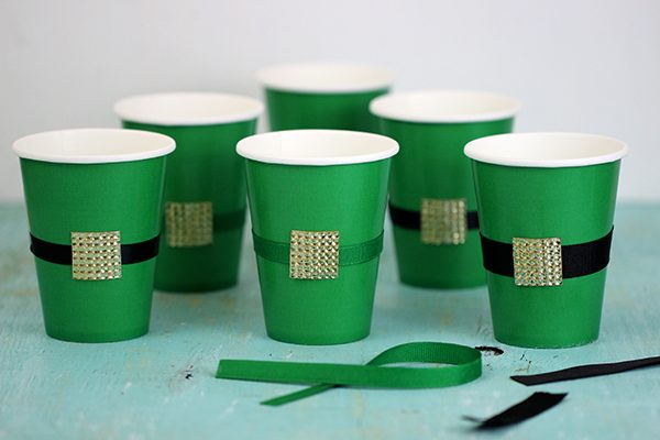 St. Patrick's Day Party: DIY Leprechaun Belt Cups