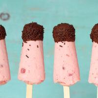 chocolate covered strawberry ice treats