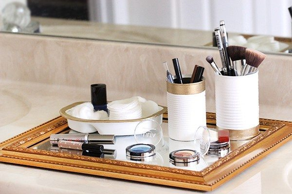 upcycled cosmetics organizer diy