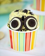 No Churn Minion Ice Cream Recipe (Banana & Oreo)!