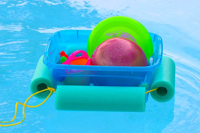 Brilliant! Make a floating pool noodle toy bin this summer! Cheap and easy!