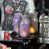 Easy Halloween Ambiance? Make Fishnet Jars!