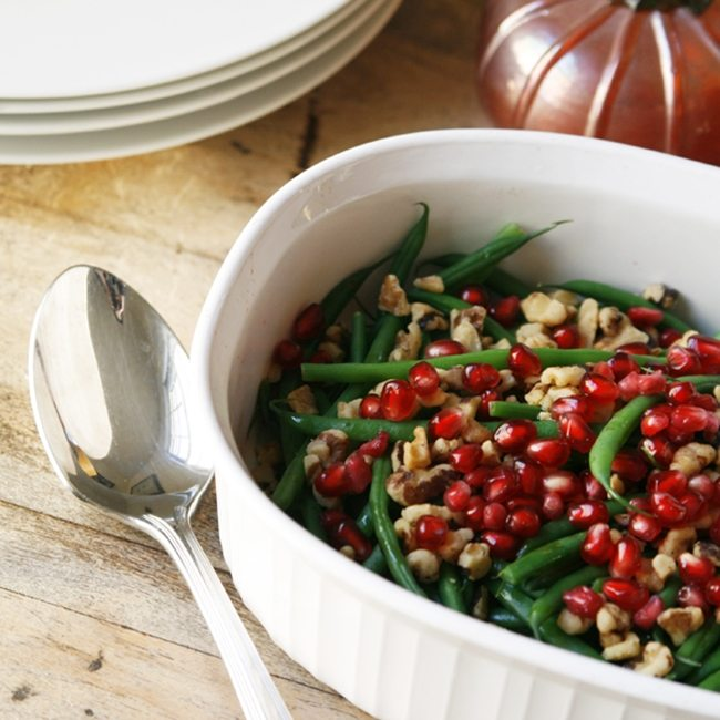 Green-Beans-with-Walnuts-and-Pomegranate-sarahscucinabella