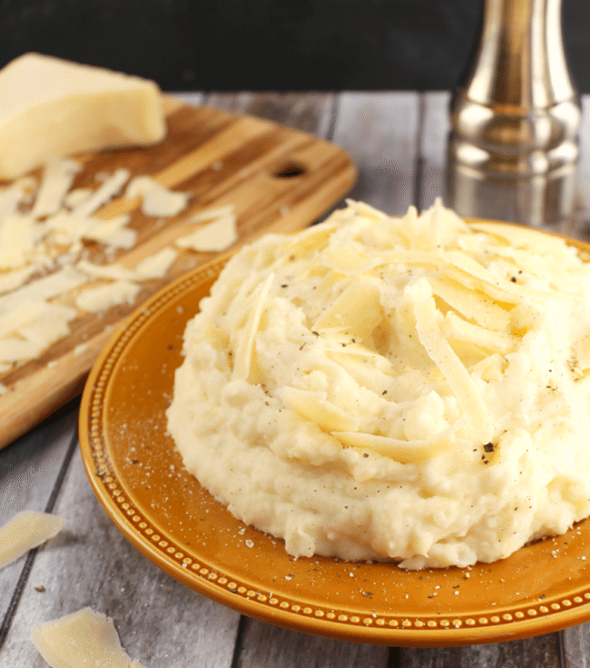 Parmesan-Mashed-Potatoes-DelightfulEMade.