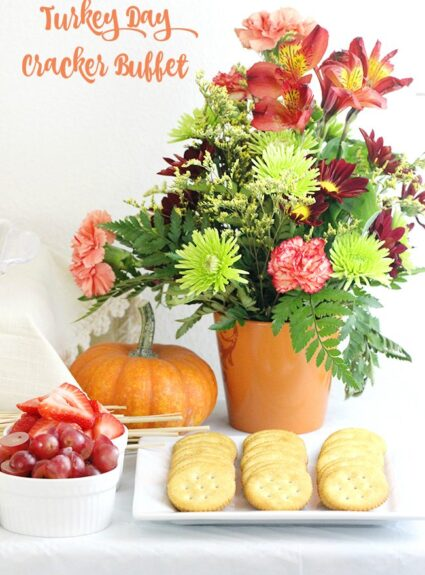 Turkey Day Cracker Buffet Ideas