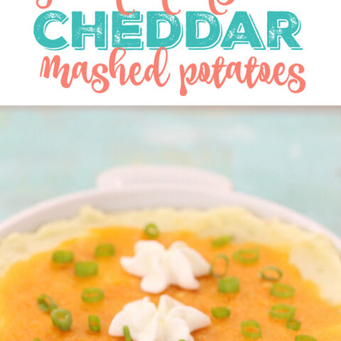 Impress holiday guests w/ this super easy green onion & cheddar mashed potato dish. Nom.
