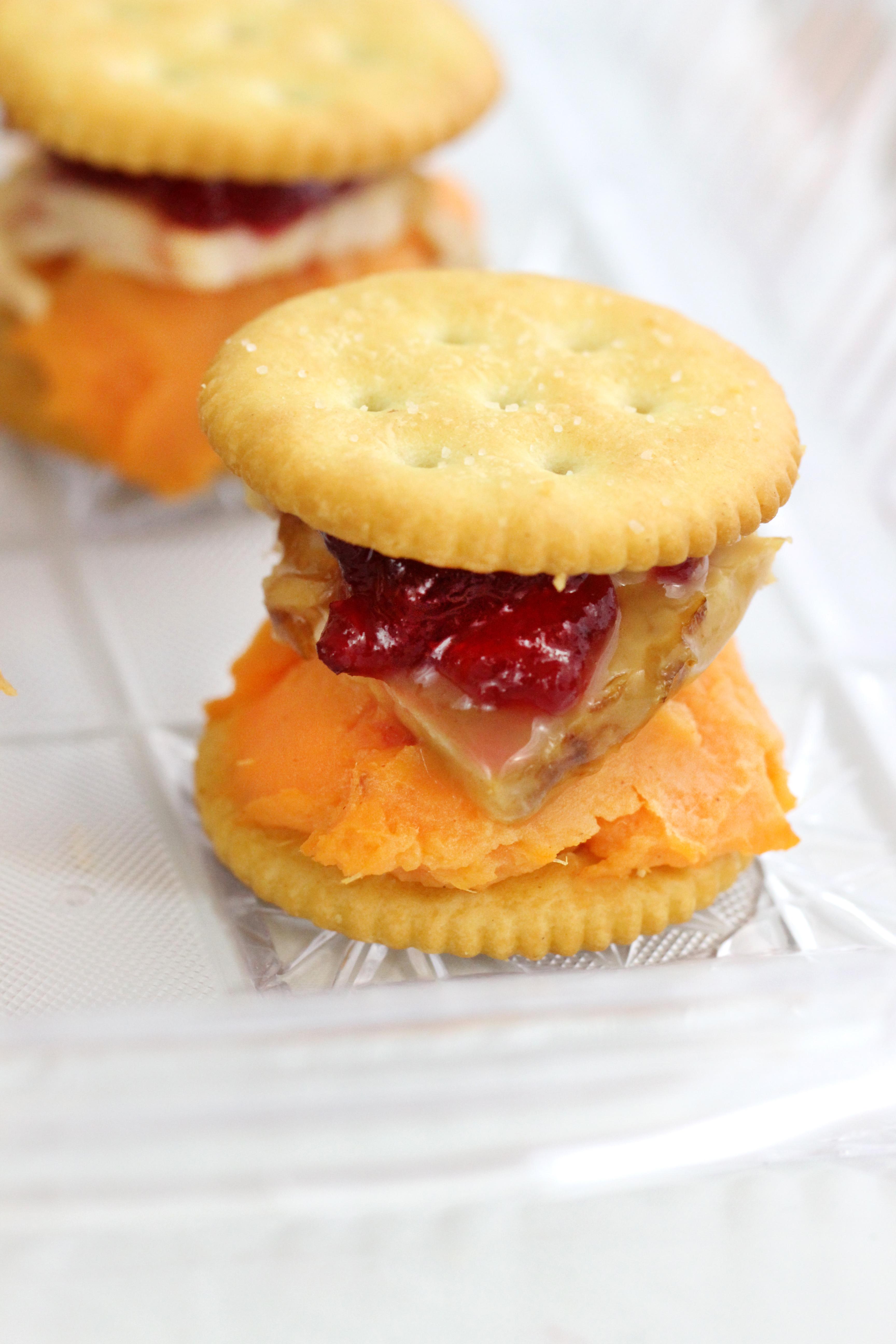 Turkey Day Cracker Buffet Ideas