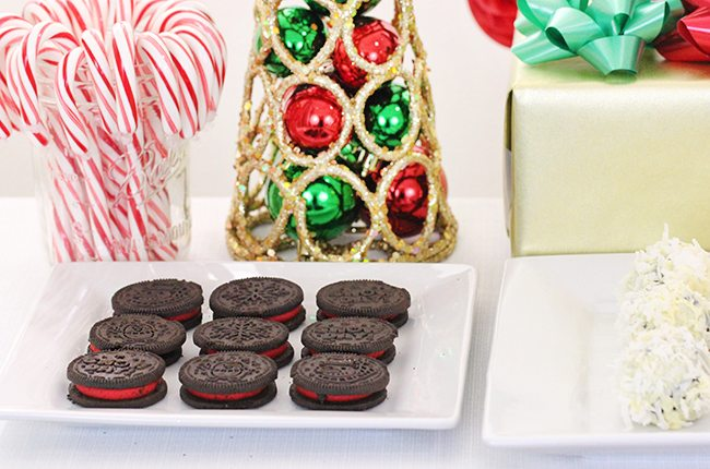 Tips for wow-ing guests with a dessert table + a brand new OREO recipe