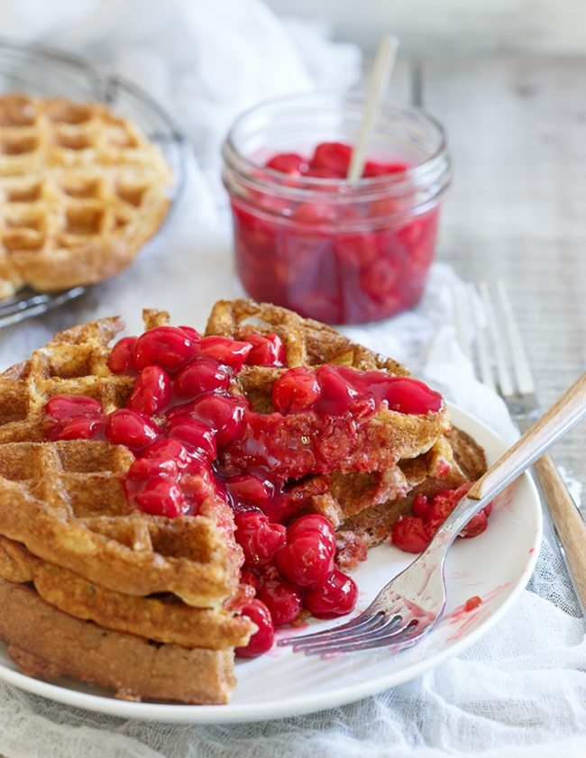 Cherry-Oat-Waffles-runningtothekichen