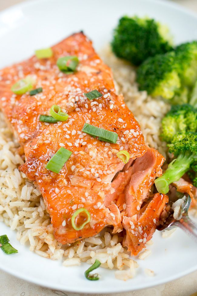 Honey-Sriracha-Salmon-deliciousmeetshealthy