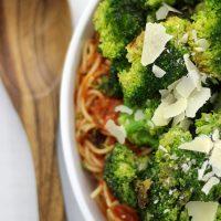 Fresh Sauteed Garlic Broccoli Spaghetti