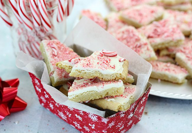 Delicious peppermint bark that will blow your mind.
