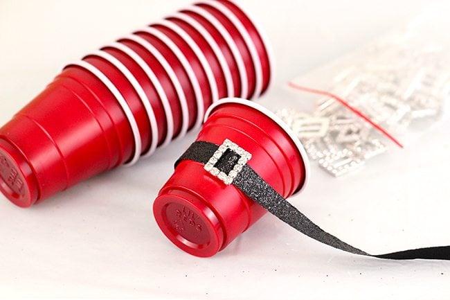 "Clever party idea ""mini santa cups"""