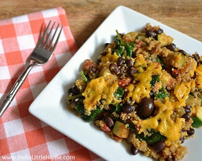 healthy-mexican-quinoa-casserole-hellolittlehome