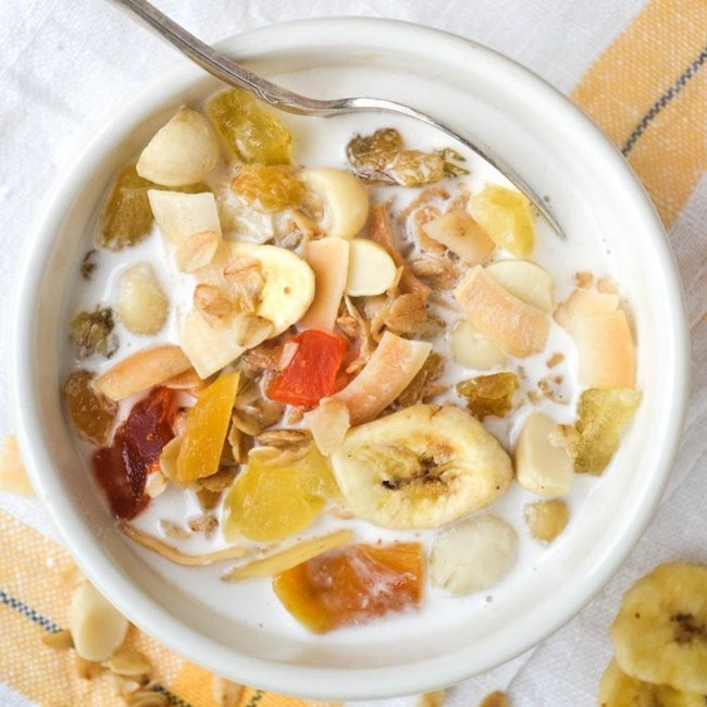 tropical-granola-and-macadamia-milk-viewfromgreatisland