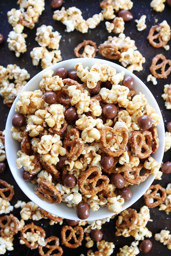 Peanut-Butter-Pretzel-Popcorn-twopeasandtheirpods