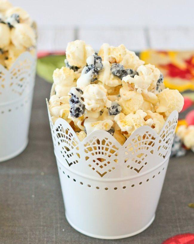 blueberries-and-cream-popcorn-rachel cooks