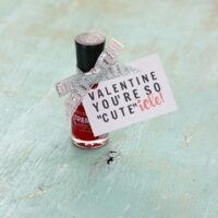 "DIY ""CUTE""icle Valentine's Day Nail Polish Gift Tag"
