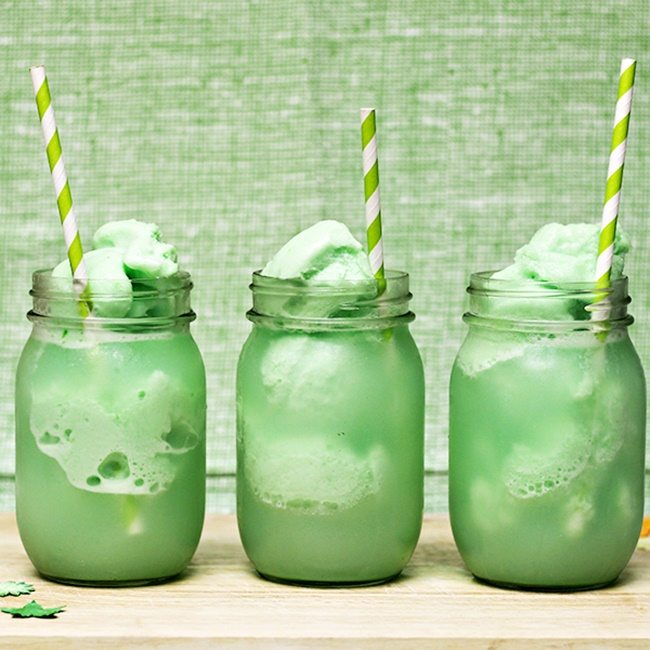 St-Patricks-Day-Floats-sq600-homecooking memories
