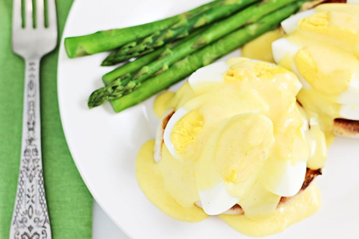 Hard-Boiled-Eggs-Benedict-Recipe-homecookingmemories