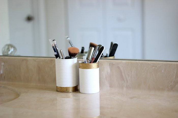 Bathroom always getting unruly and messy? It can easily be the most germ infested place in your home. These 5 habits will help you keep your bathroom clean. Bathroom hacks galore.