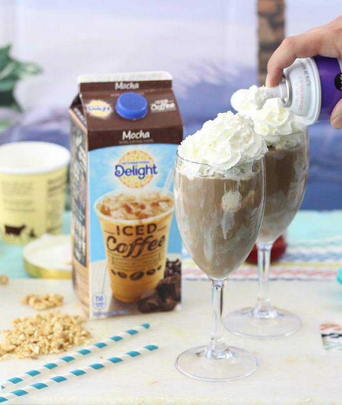Hot Fudge Sundae Iced Coffee Floats. Oh my heaven in a cup! Perfect treat, you can just make one cup at a time. Yes, please.