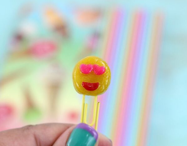DIY Emoji Paper Clips. Easy to make and cheap just using kid's clay dough and paper clips.