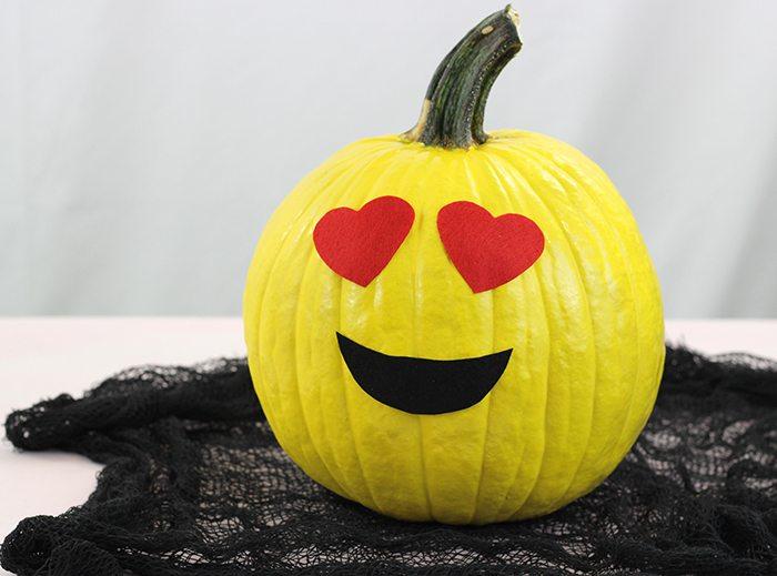 Make these no carve emoji pumpkins for halloween for Emoji pumpkin carving ideas