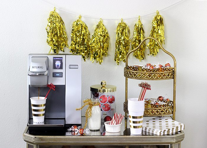 Chocolate and coffee bar that's perfect for the holidays. Featuring holiday blends of coffee and the perfect mouth watering chocolate.