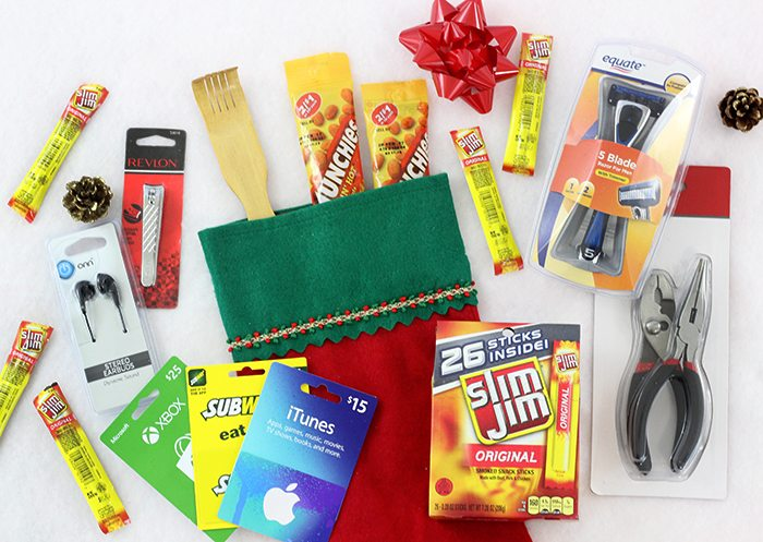 Stocking Stuffers that men will actually like. Flush mental holiday block and get these foolproof ideas for Christmas.