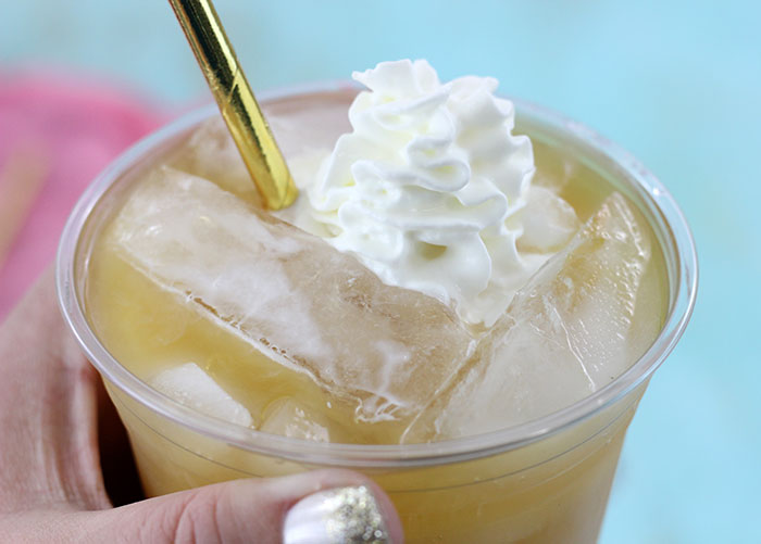 Peaches and Cream Iced Tea recipe for one. Quick fix for a delish pick me up. Yum.