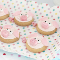 Pig Cookies for Parties. Perfect fors setting the scene for a fun movie night at home. Pick up the SING Special Edition on DVD and Blu-ray in stores now.