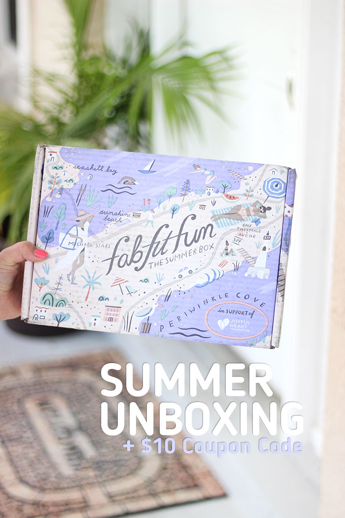 Fab Fit Fun. See what's inside the Summer Box. This is so fun!
