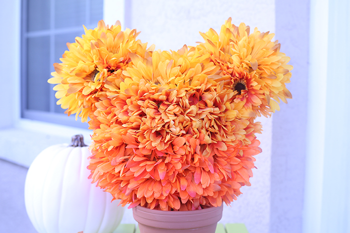 Mickey Topiary for Autumn. Easy faux flowers with ombre colors bring this together beautifully.