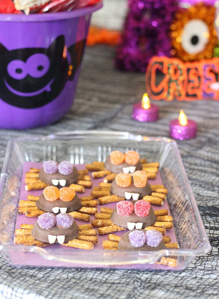 spider cookies and halloween party ideas so easy to make and spookingly adorable