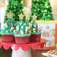 Minion Christmas Tree Cupcakes