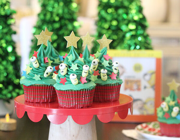 Minion Christmas Tree Cupcakes