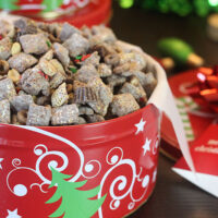 Holiday Yums: Chocolate Peanut Butter Muddy Buddies