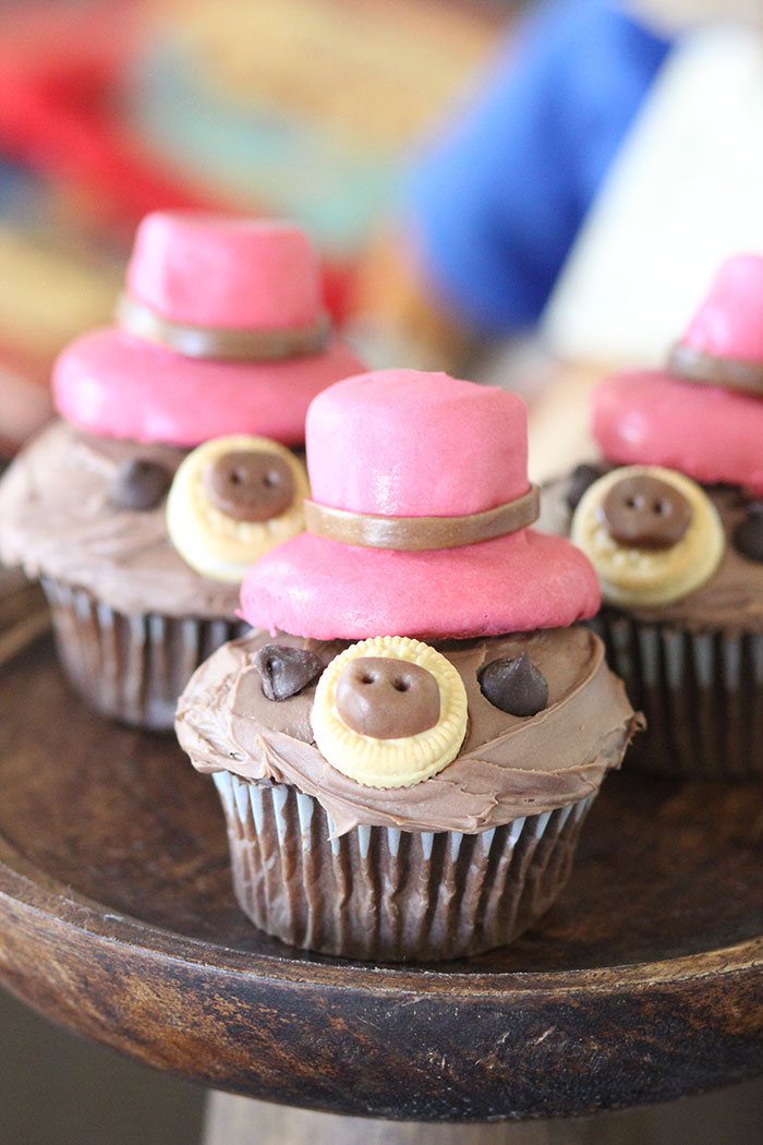 Paddington Cupcakes. Cute bear cupcakes for parties.