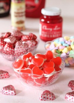 DIY Valentine's Day Ice Cream Bar