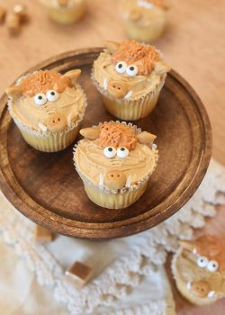 Celebrate Early Man with Hognob Cupcakes