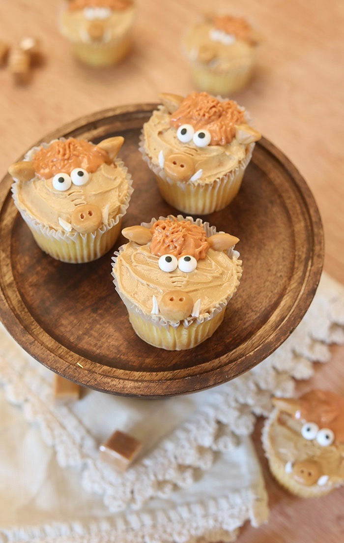 Hognob Cupcakes to celebrate Early Man movie.